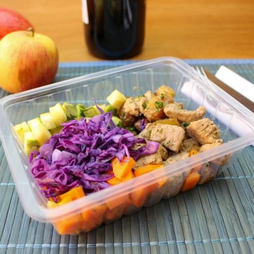 Mignon Suíno ao Vinho e Maçã, Mix de Legumes e Arroz Integral (não disponível)