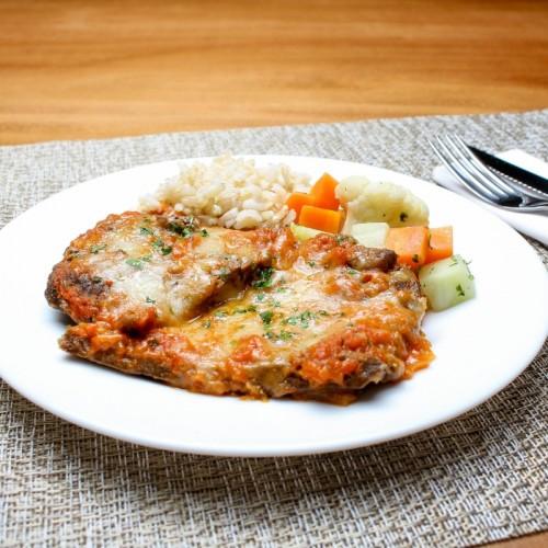Parmegiana Fit de Carne, Mix  de Legumes e Arroz Integral (não disponível)